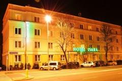 Hotel Iskra w Rzeszowie nocą