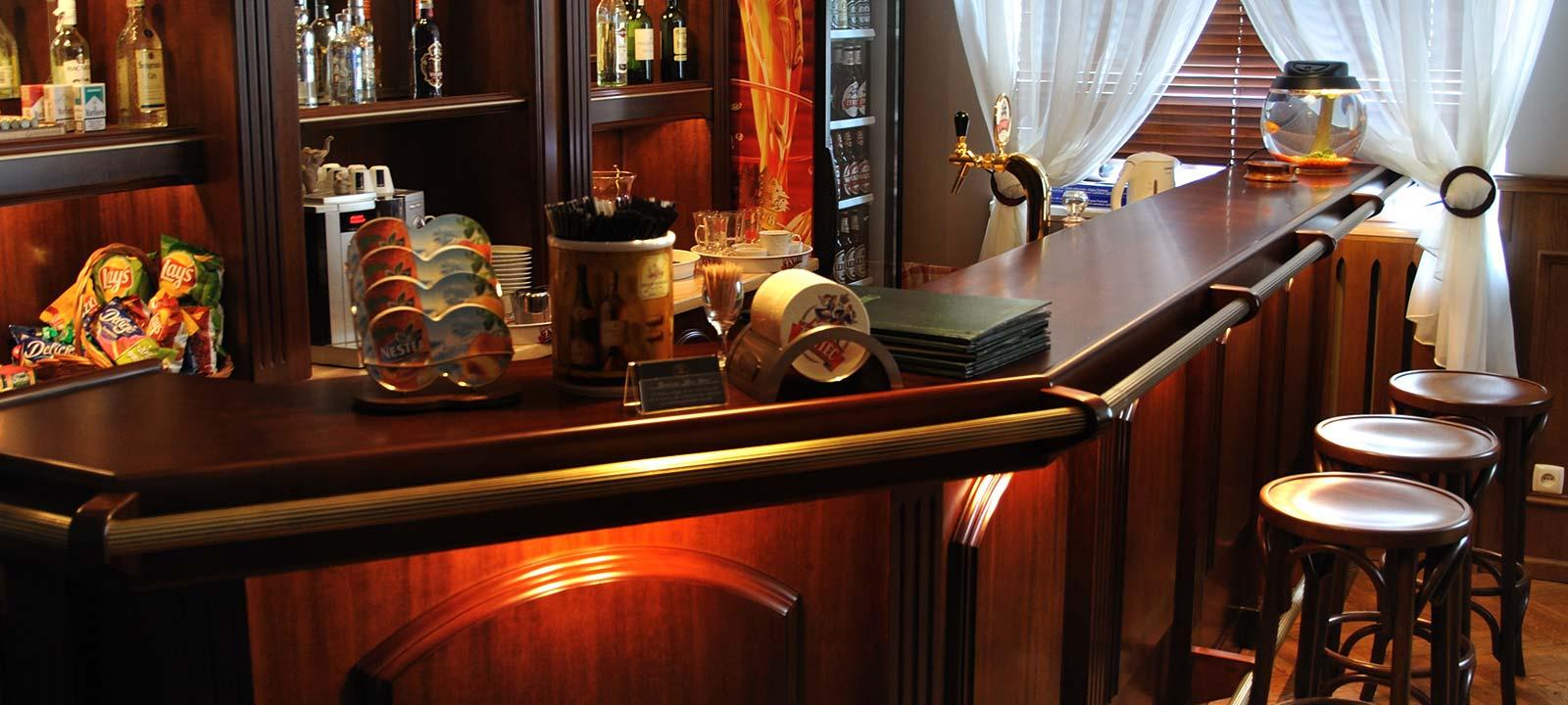 Restauracja i drink bar na spotkanie biznesowe i imprezę rodzinną